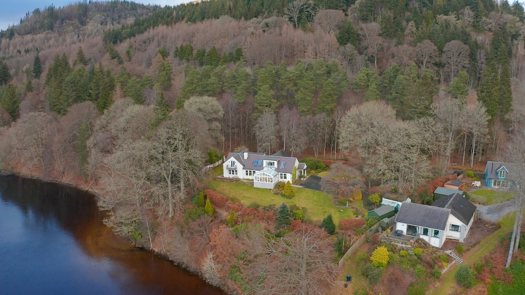 Clunie Bridge Road , Pitlochry, Perthshire, PH16 5JX