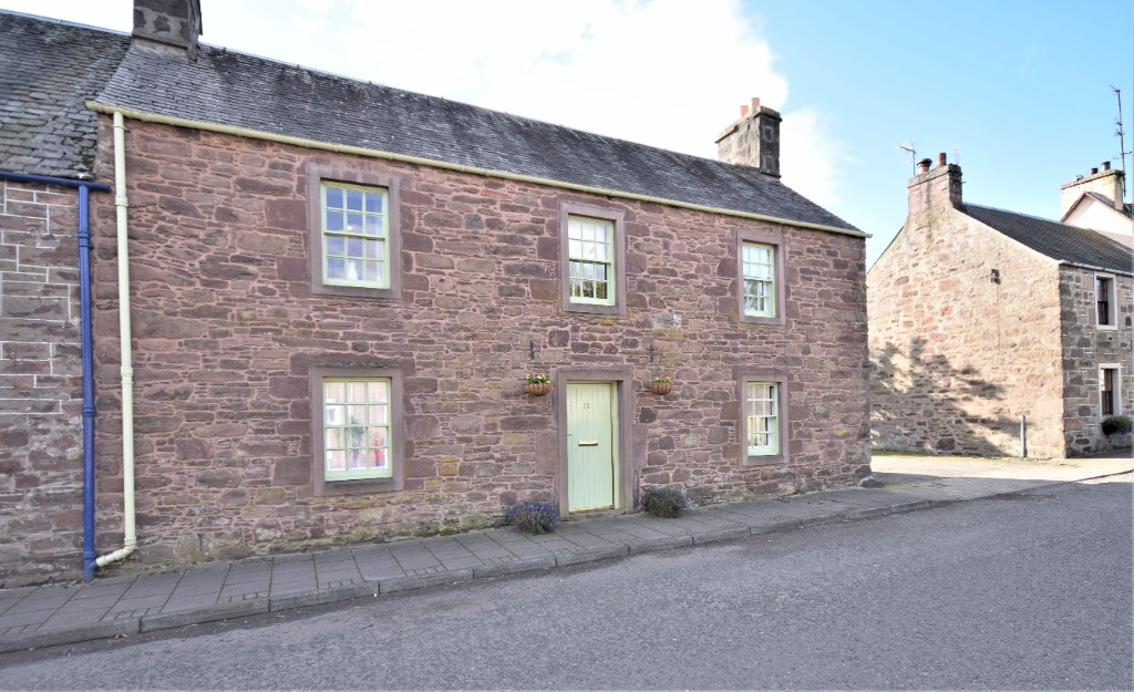 Drummond Street, Muthill, Crieff, Perthshire, PH5 2AN