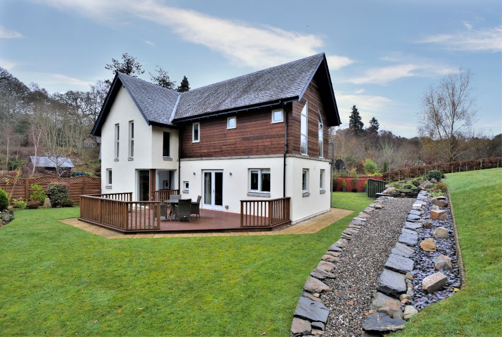 Croftcroy, Croftinloan, Pitlochry, Perthshire, PH16 5TG